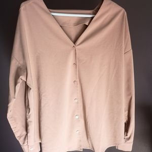 Tops - Nude buttoned top